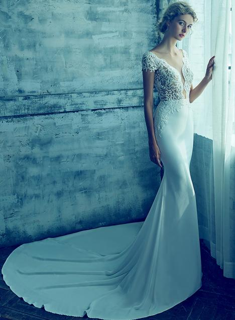 Kyla gown from the 2018 L'Amour by Calla Blanche collection, as seen on Bride.Canada