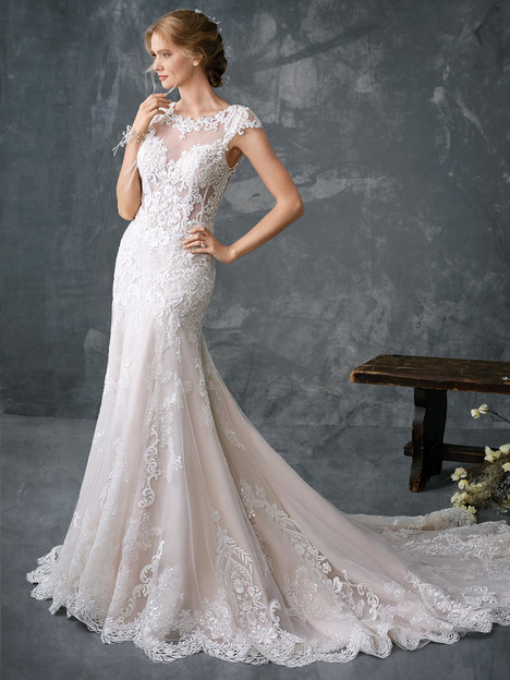 1783 gown from the 2018 Kenneth Winston collection, as seen on Bride.Canada
