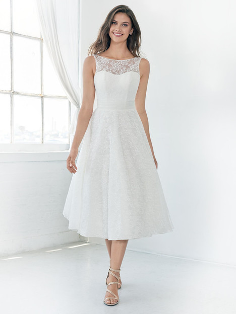 GA2312 gown from the 2018 Ella Rosa: Gallery collection, as seen on Bride.Canada