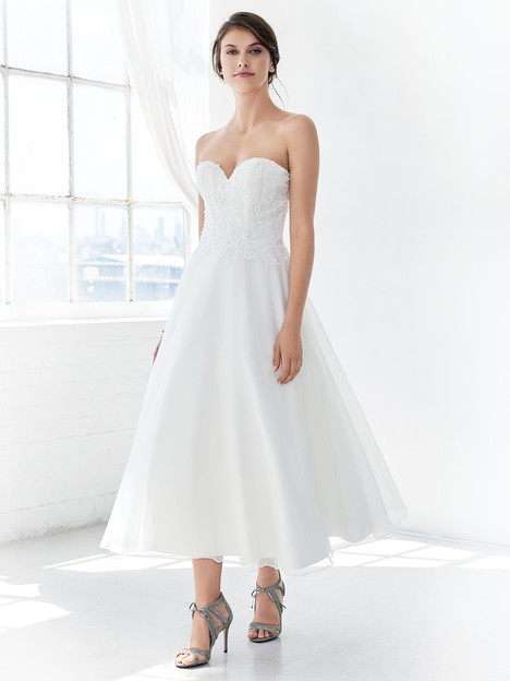 GA2316 gown from the 2018 Ella Rosa: Gallery collection, as seen on Bride.Canada