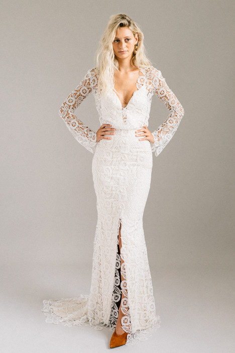 Halsey gown from the 2018 Laudae collection, as seen on Bride.Canada