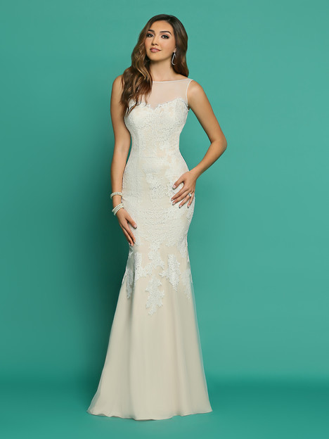 F7054AL gown from the 2018 Informals by DaVinci collection, as seen on Bride.Canada