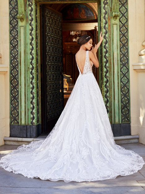 Luciana (Back) gown from the 2018 Val Stefani collection, as seen on Bride.Canada