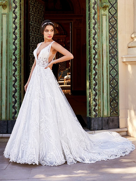 Luciana gown from the 2018 Val Stefani collection, as seen on Bride.Canada