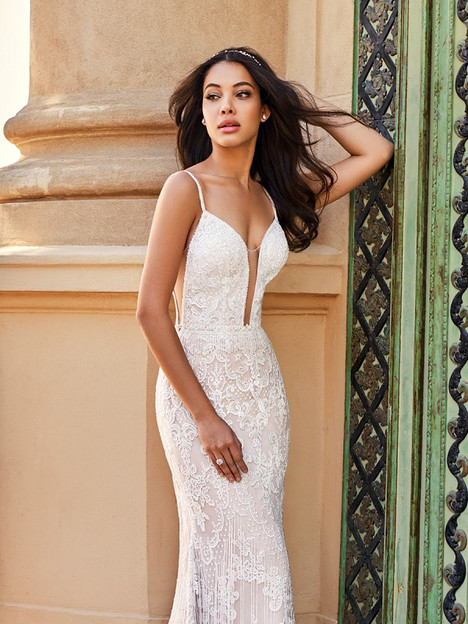 Santorini James gown from the 2018 Val Stefani collection, as seen on Bride.Canada