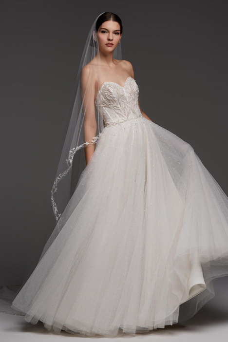 Castell gown from the 2018 Watters Brides collection, as seen on Bride.Canada