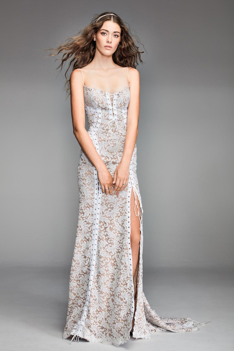Despina gown from the 2018 Watters: Willowby collection, as seen on Bride.Canada