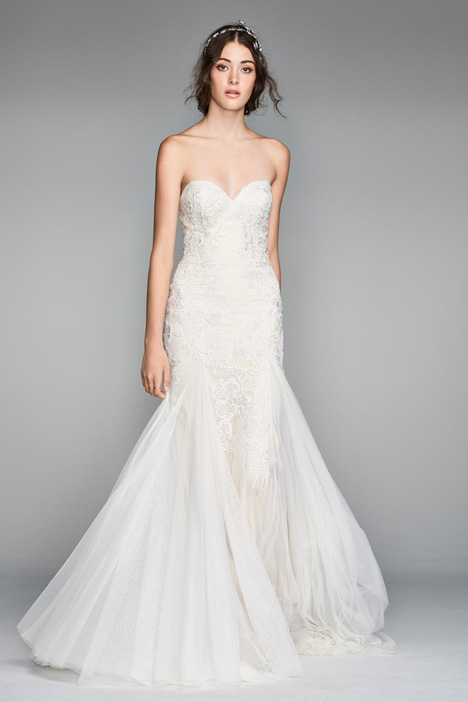 Lian gown from the 2018 Watters: Willowby collection, as seen on Bride.Canada