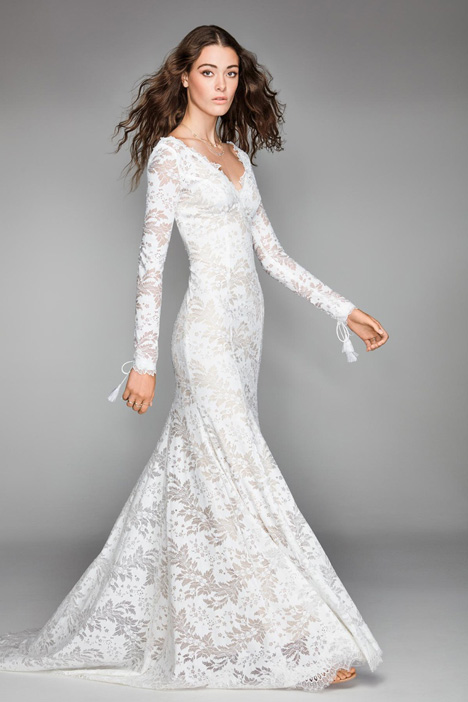 Luna gown from the 2018 Watters: Willowby collection, as seen on Bride.Canada