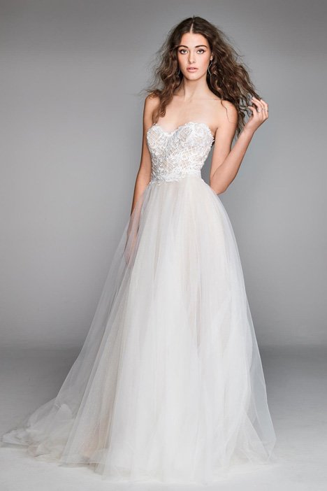 Mandara gown from the 2018 Watters: Willowby collection, as seen on Bride.Canada