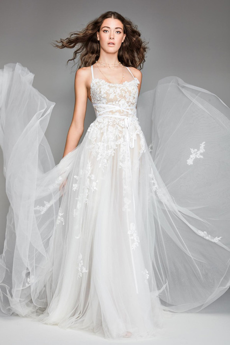 Virgo gown from the 2018 Watters: Willowby collection, as seen on Bride.Canada