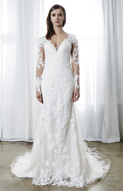 Elisa gown from the 2019 Kelly Faetanini collection, as seen on Bride.Canada