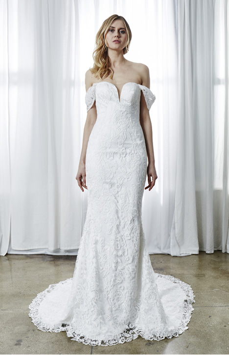 Eva gown from the 2019 Kelly Faetanini collection, as seen on Bride.Canada