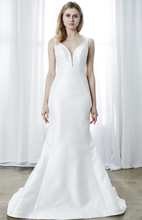 Julienne gown from the 2019 Kelly Faetanini collection, as seen on Bride.Canada