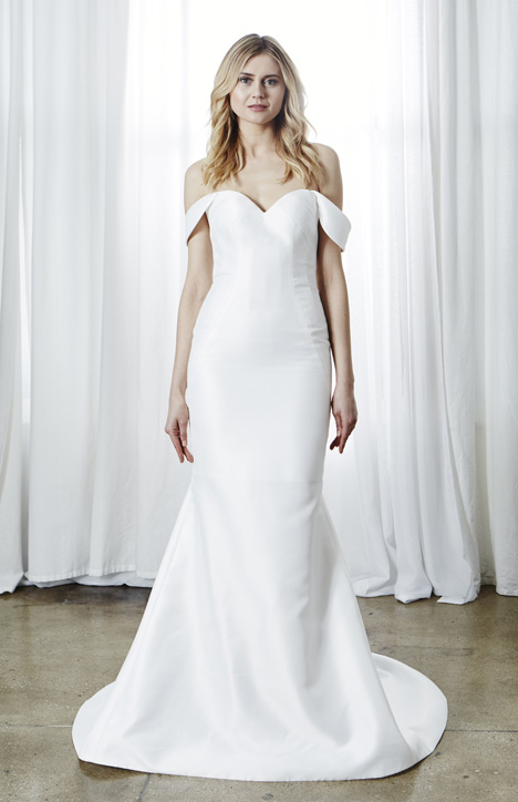 Simone gown from the 2019 Kelly Faetanini collection, as seen on Bride.Canada