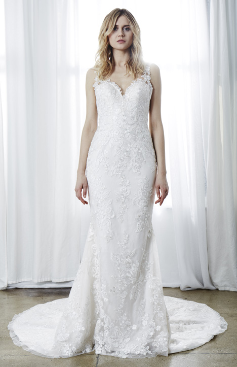 Taylor gown from the 2019 Kelly Faetanini collection, as seen on Bride.Canada