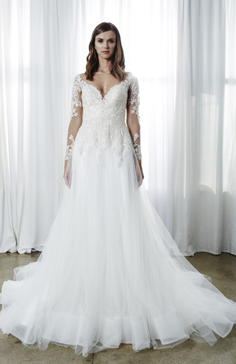 Vivianne gown from the 2019 Kelly Faetanini collection, as seen on Bride.Canada