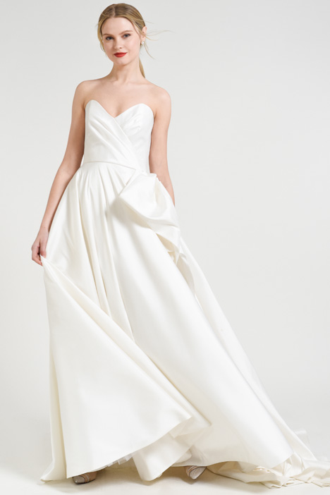 Charlotte gown from the 2018 Jenny by Jenny Yoo collection, as seen on Bride.Canada