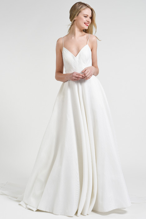 Piper gown from the 2018 Jenny by Jenny Yoo collection, as seen on Bride.Canada