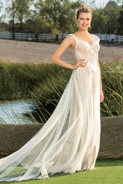 Selah gown from the 2018 Beloved By Casablanca collection, as seen on Bride.Canada