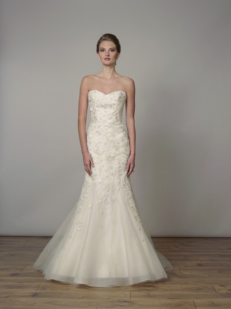 7834 gown from the 2019 Liancarlo collection, as seen on Bride.Canada