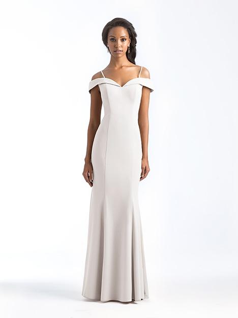1560 gown from the 2018 Allure Bridesmaids collection, as seen on Bride.Canada