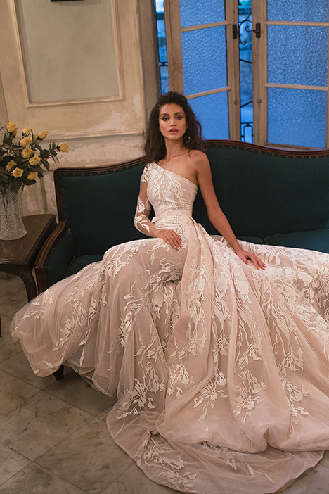 1514 (2) gown from the 2018 Julie Vino Haute Couture collection, as seen on Bride.Canada
