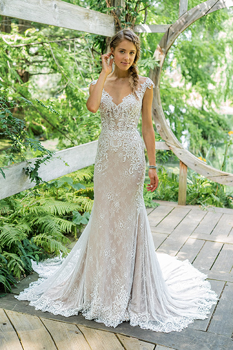 66012 gown from the 2018 Lillian West collection, as seen on Bride.Canada