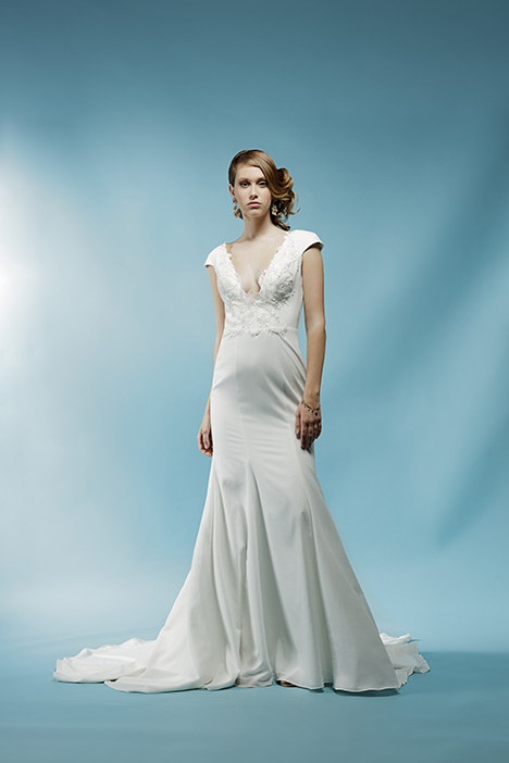 Bridgitte gown from the 2018 Ivy & Aster collection, as seen on Bride.Canada
