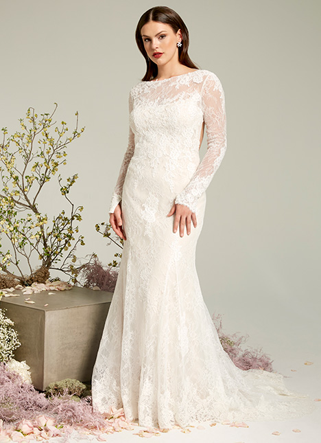 Kennedy gown from the 2019 Ivy & Aster collection, as seen on Bride.Canada