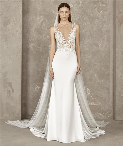 Yari gown from the 2019 Pronovias Privée collection, as seen on Bride.Canada