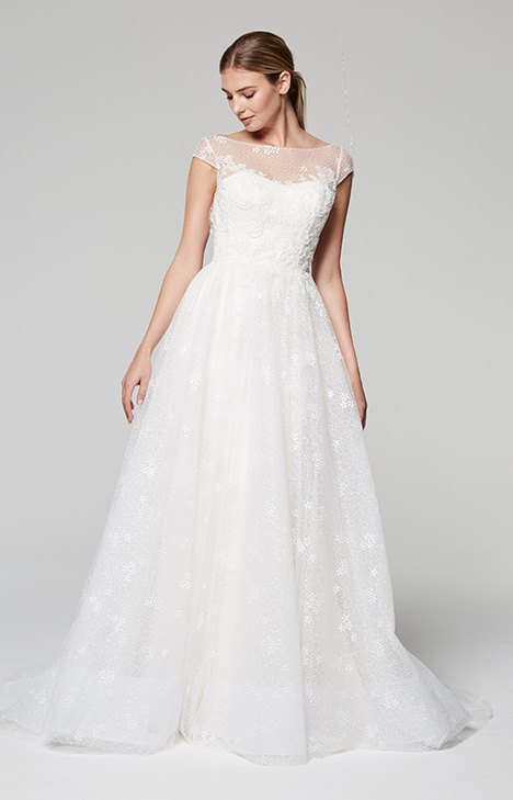 Gillian gown from the 2018 Blue Willow by Anne Barge collection, as seen on Bride.Canada