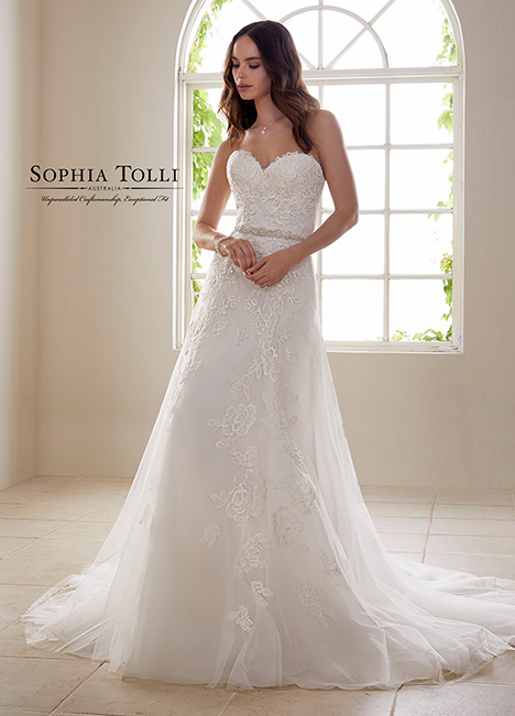 Y21827 gown from the 2018 Sophia Tolli collection, as seen on Bride.Canada