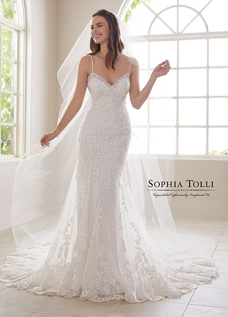 Y21833 gown from the 2018 Sophia Tolli collection, as seen on Bride.Canada
