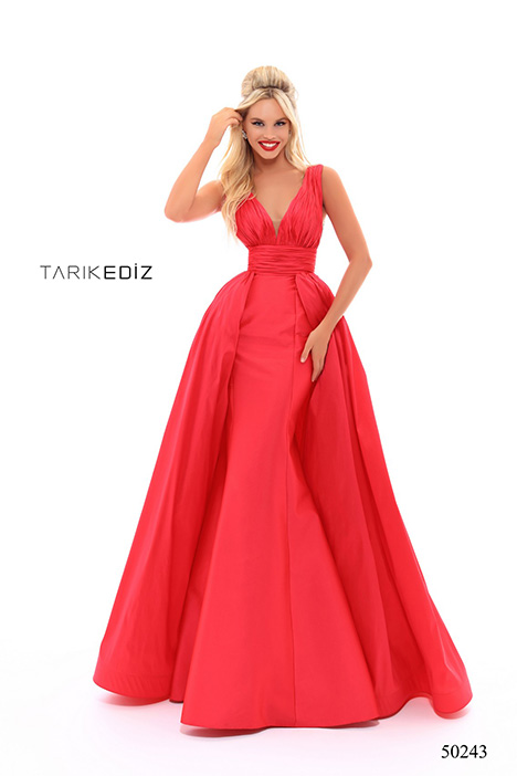 (50243) NEVADA gown from the 2018 Tarik Ediz: Prom collection, as seen on Bride.Canada