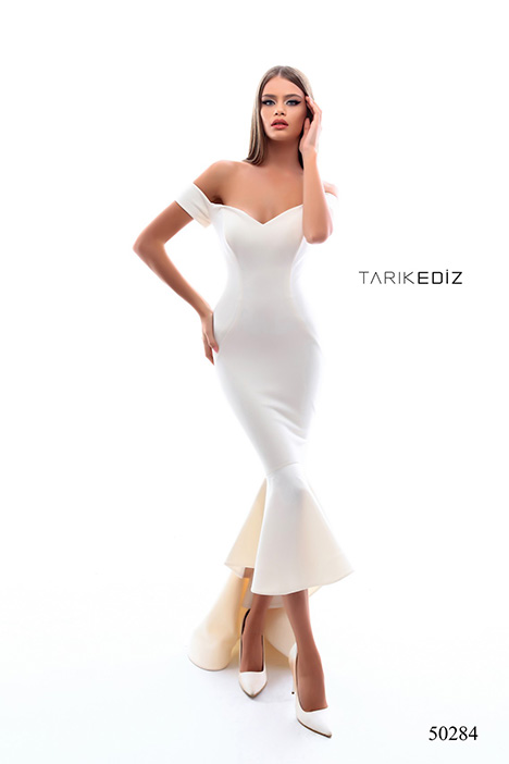 (50284) CROSS gown from the 2018 Tarik Ediz: Prom collection, as seen on Bride.Canada