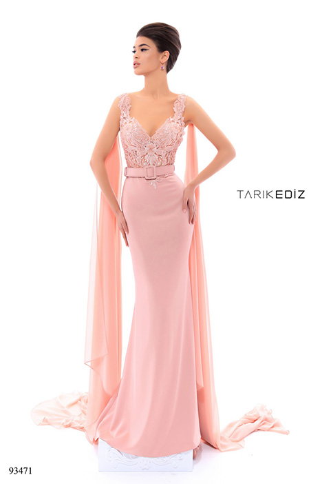 93471 gown from the 2018 Tarik Ediz: Evening Dress collection, as seen on Bride.Canada
