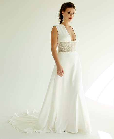 Mila gown from the 2019 Ivy & Aster IXA collection, as seen on Bride.Canada