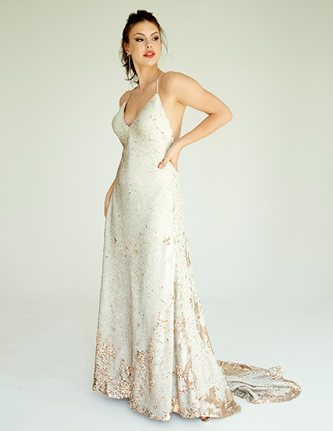 Zoe gown from the 2019 Ivy & Aster IXA collection, as seen on Bride.Canada