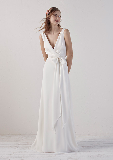 EFIA gown from the 2019 Pronovias collection, as seen on Bride.Canada