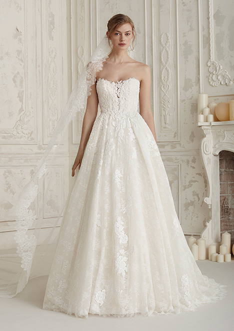 ELBIA gown from the 2019 Pronovias collection, as seen on Bride.Canada