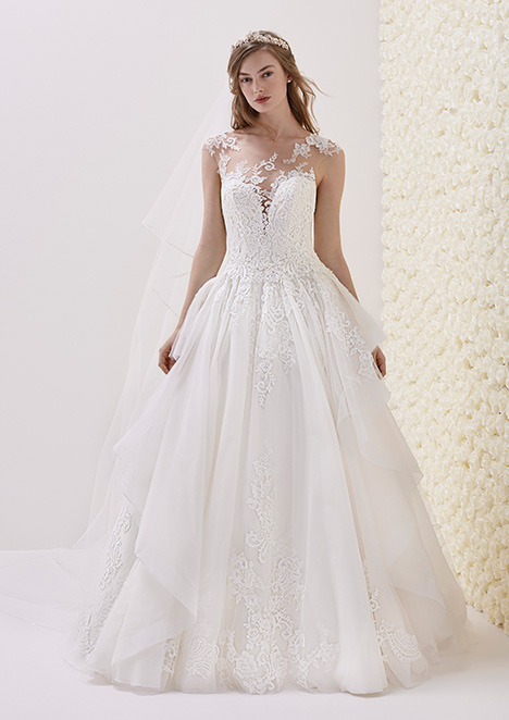 ELISENDA gown from the 2019 Pronovias collection, as seen on Bride.Canada