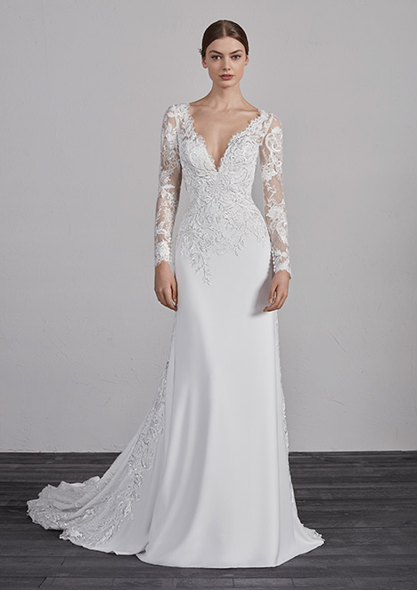 ENAM gown from the 2019 Pronovias collection, as seen on Bride.Canada