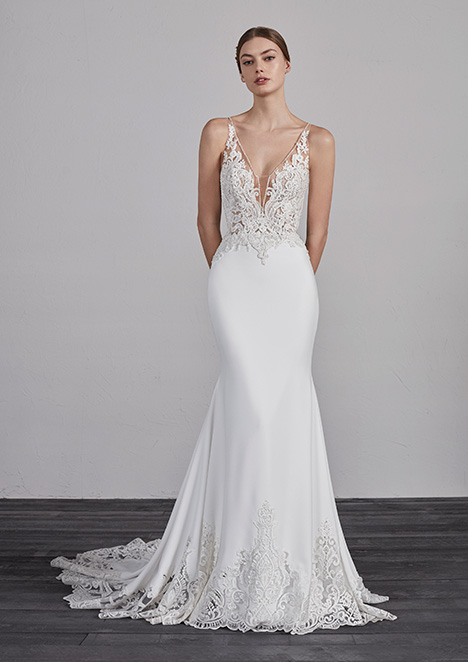 ERANDI gown from the 2019 Pronovias collection, as seen on Bride.Canada