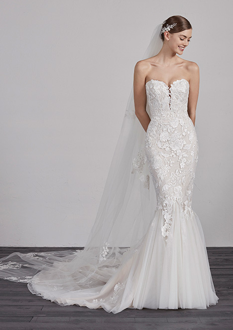 ERCILIA gown from the 2019 Pronovias collection, as seen on Bride.Canada