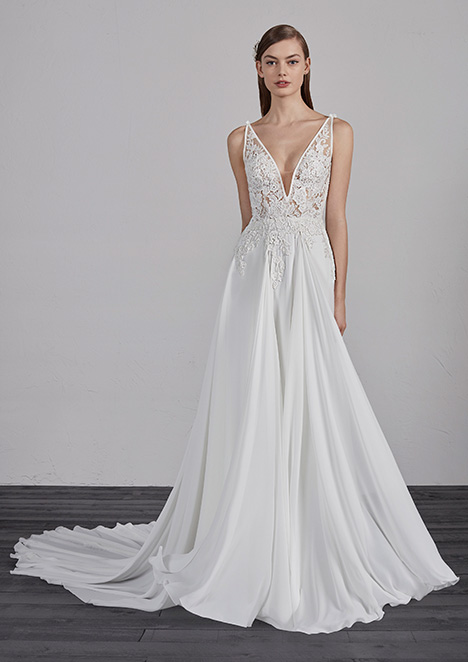 ESCALA gown from the 2019 Pronovias collection, as seen on Bride.Canada