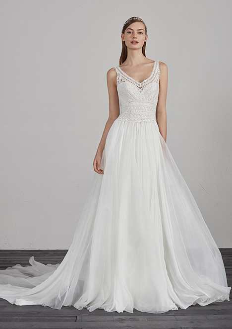 ESCOCIA gown from the 2019 Pronovias collection, as seen on Bride.Canada