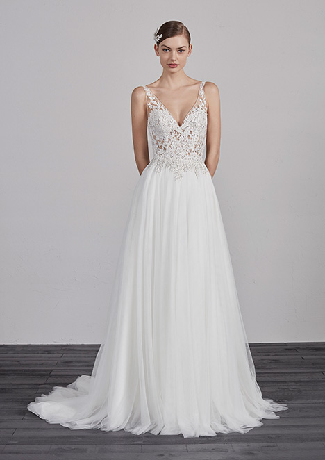 ESTAMBUL gown from the 2019 Pronovias collection, as seen on Bride.Canada