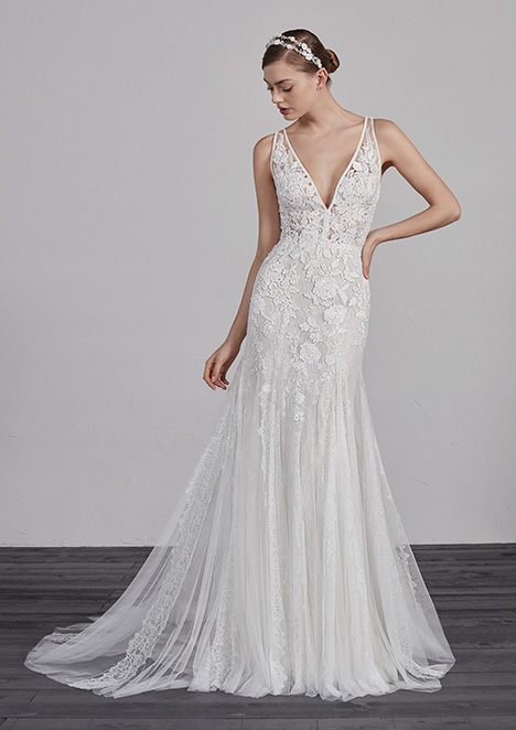 ESTAMPA gown from the 2019 Pronovias collection, as seen on Bride.Canada