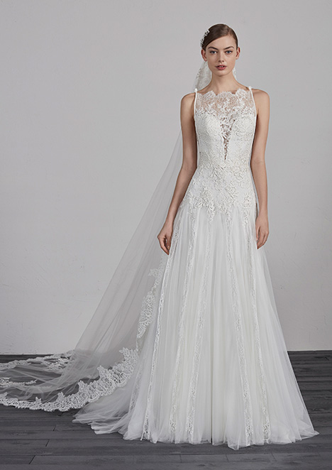 ESTEPA gown from the 2019 Pronovias collection, as seen on Bride.Canada